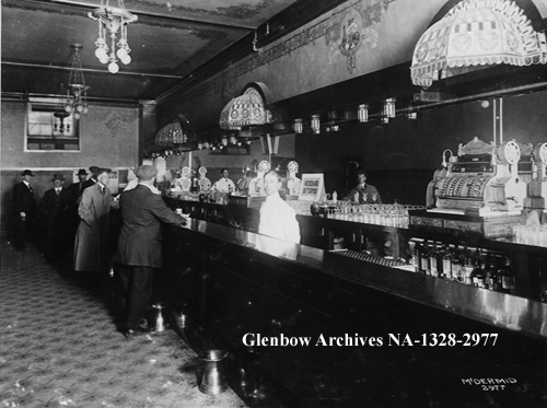 na-1328-2977 - Bar with patrons in Corona Hotel, Edmonton, Alberta. - 1914
