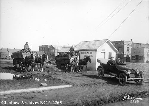 nc-6-2265 - Humberstone Coal Company, Edmonton, Alberta. - Note Fire Hall and other buildings in background - The mine was located near 118 ave - 1916