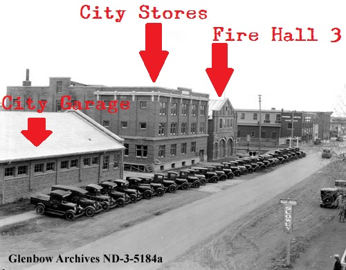 nd-3-5184a - City of Edmonton motor trucks, Edmonton, Alberta. - 1930 annotated