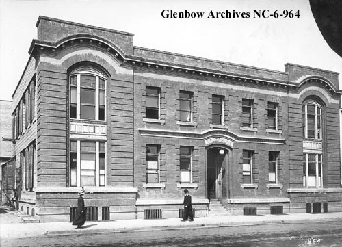 nc-6-964 - Telephone office, Edmonton, Alberta. - 100 Street - 1914
