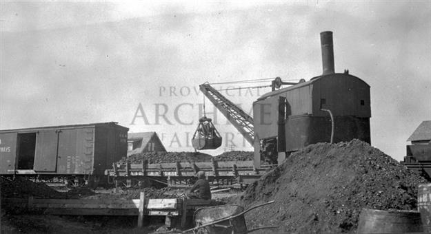 A11230 - Experimental Bituminous Sand Separation Plant, Dunvegan Yards, Edmonton - Looking NW - 1924-1925