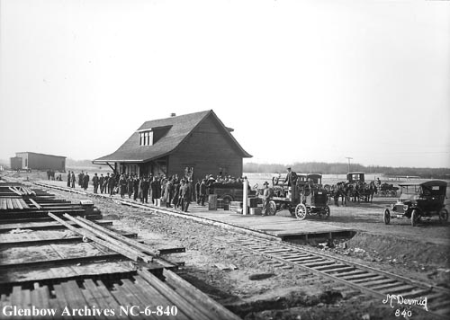 nc-6-840 - Edmonton, Dunvegan and British Columbia Railway depot, Edmonton, Alberta - 1913