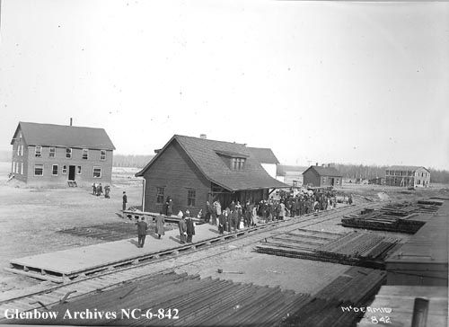 nc-6-842 - Edmonton, Dunvegan and British Columbia Railway depot, Edmonton, Alberta - 1914